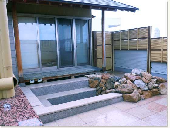 屋上緑化と庭園1
